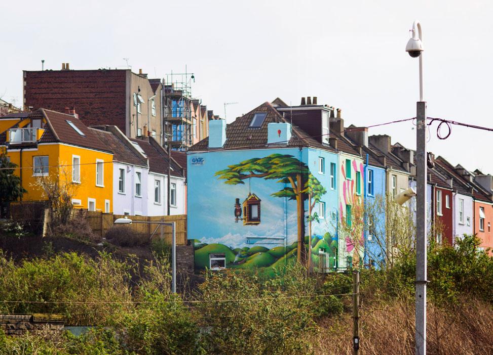 Mural_House_BristolRailway_Distance
